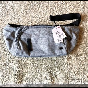 NWT Lululemon On the Beat Belt Bag - heather black